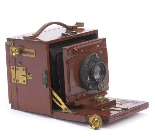 Alpha hand camera