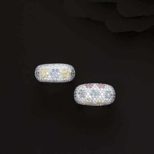 TWO DIAMOND AND TREATED COLOUR