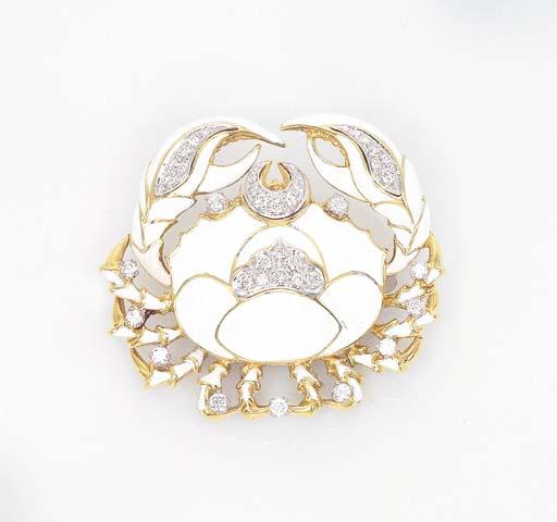AN ENAMEL AND DIAMOND CRAB BRO