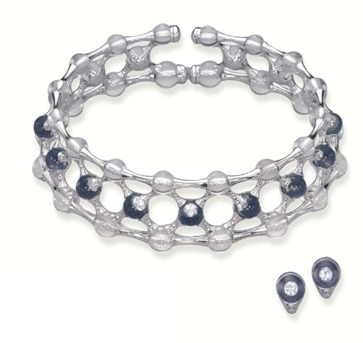 A CRYSTAL AND DIAMOND NECKLACE