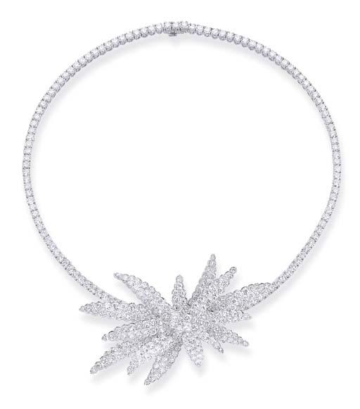 A DIAMOND 'DISCO STAR' NECKLAC