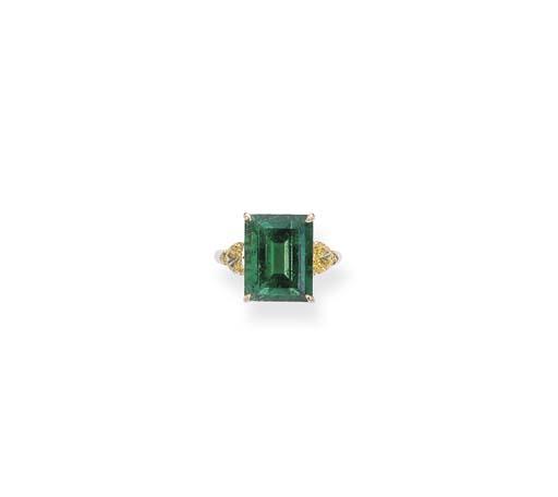 AN EMERALD AND YELLOW DIAMOND