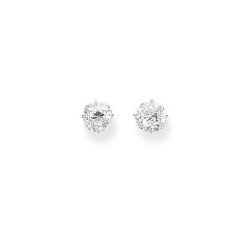 A PAIR OF DIAMOND SINGLE-STONE