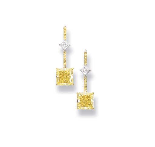 A PAIR OF FANCY VIVID YELLOW DIAMOND PENDENT EARRINGS