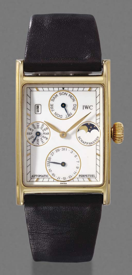IWC. An 18K gold rectangular s