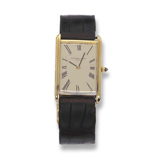 A GENTLEMAN'S GOLD WRISTWATCH,