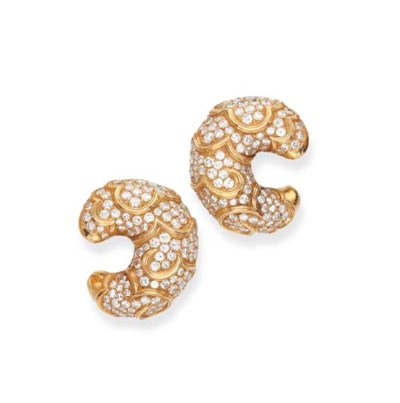 A PAIR OF DIAMOND AND GOLD 'ON