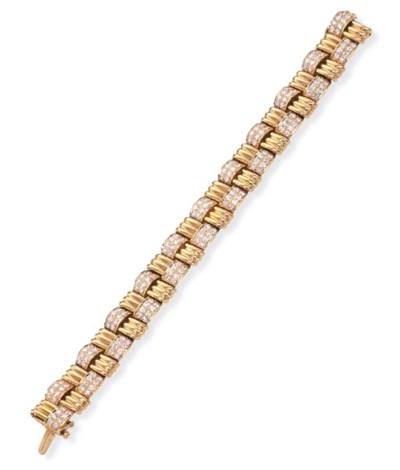 A GOLD AND DIAMOND BRACELET, B