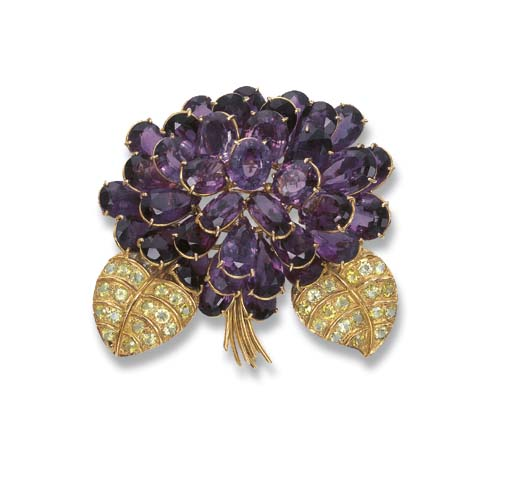 AN AMETHYST AND PERIDOT FLORAL