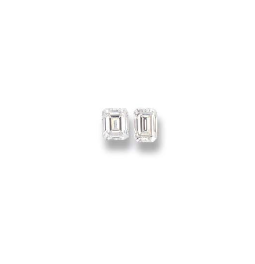 TWO UNMOUNTED DIAMONDS