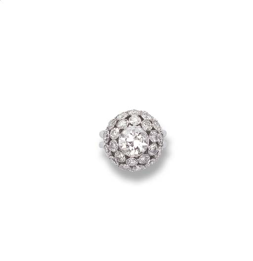 A DIAMOND BOULE RING