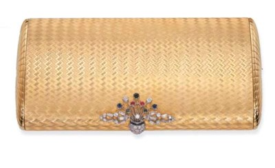 A GOLD VANITY CASE, BY FARAONE
