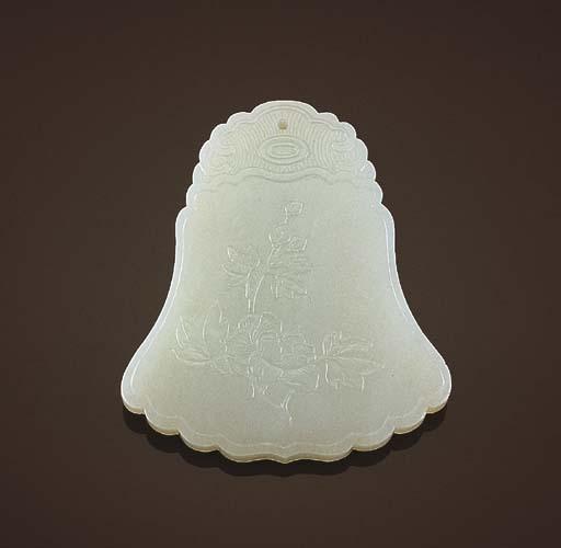 A WHITE JADE BELL-SHAPED PENDA