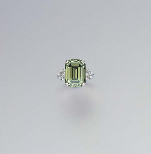 A TREATED GREEN DIAMOND AND DI