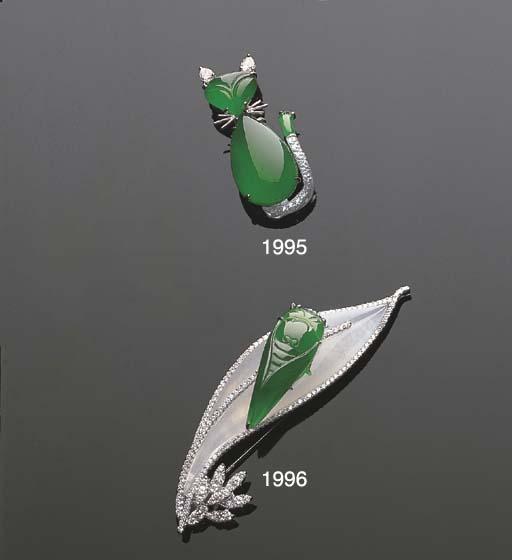 A JADEITE AND DIAMOND CAT PEND