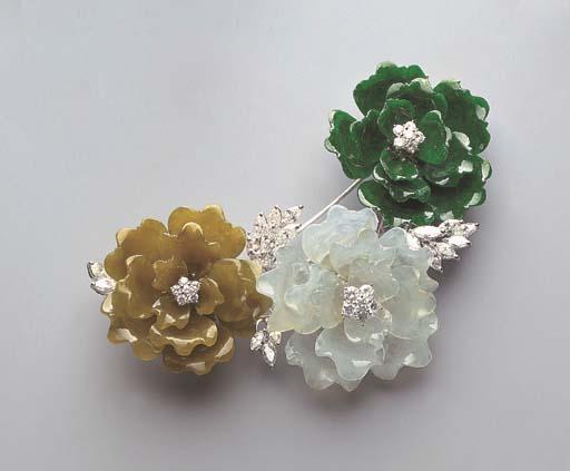 A JADEITE AND DIAMOND FLORAL CLIP BROOCH