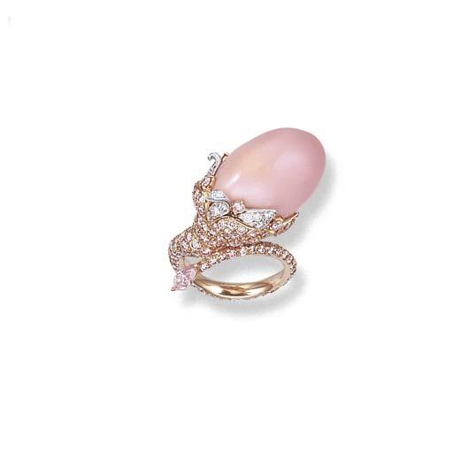 A CONCH PEARL, COLOURED DIAMON
