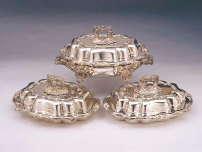 A SET OF THREE WILLIAM IV STER