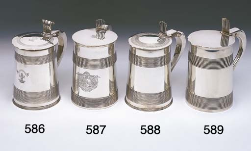 A GEORGE III STERLING SILVER T