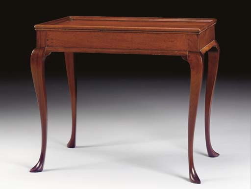 A QUEEN ANNE MAHOGANY TRAY TOP