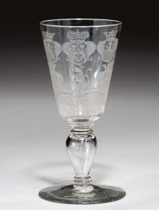 A DUTCH 'FACON DE VENISE' GLAS