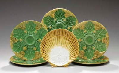 FIVE CONTINENTAL MAJOLICA OYST