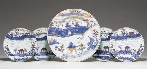 A CHINESE IMARI CHARGER AND FO