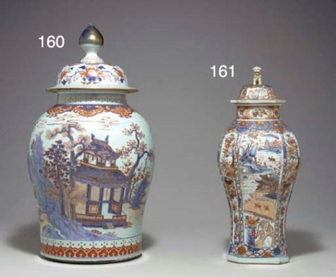 A CHINESE IMARI LARGE VASE AND