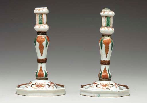 A PAIR OF FAMILLE VERTE CANDLE