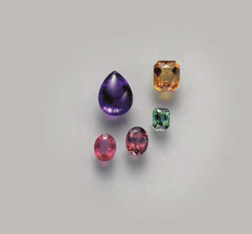 A GROUP OF UNMOUNTED GEMSTONES