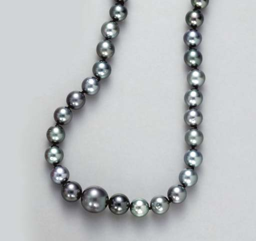 A GRAY CULTURED PEARL, DIAMOND
