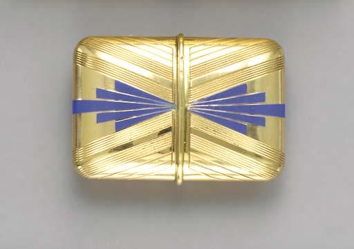 A RETRO 18K GOLD AND BLUE ENAM