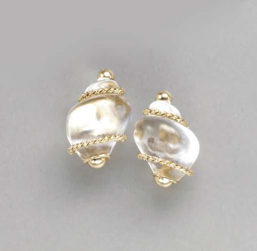 A PAIR OF ROCK CRYSTAL AND 18K
