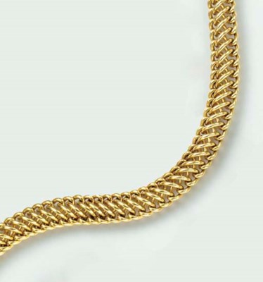 AN 18K GOLD NECKLACE, BY SEAMA