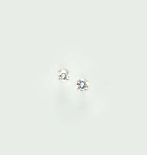 A PAIR OF DIAMOND AND 14K GOLD EAR STUDS