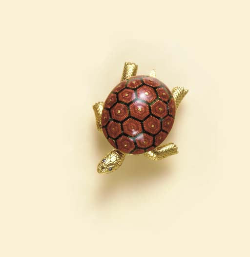 A RED AND GREEN ENAMEL, SAPPHIRE AND 18K GOLD TURTLE BROOCH, BY BOUCHERON
