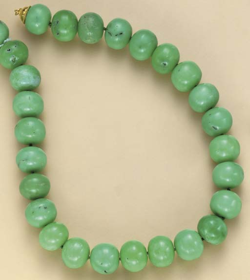 A SINGLE-STRAND CHRYSOPRASE AN