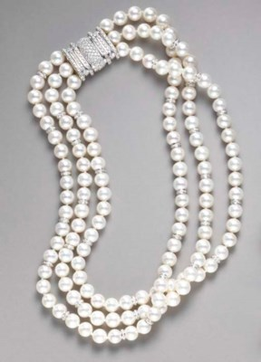 A THREE-STRAND CULTURED PEARL,