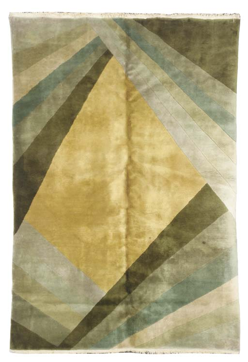 A CHINESE ART DECO RUG,