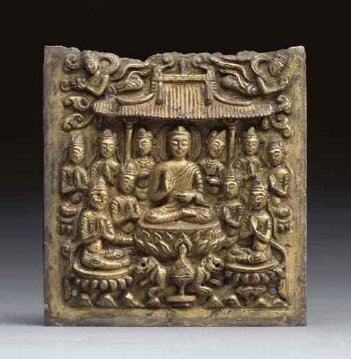 A SMALL GILT-METAL BUDDHIST PL
