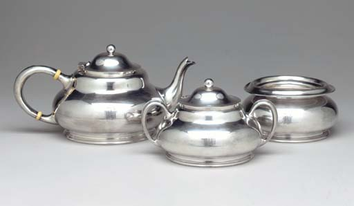 AN AMERICAN SILVER-PLATED PART