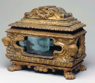 AN ITALIAN GILTWOOD RELIQUARY