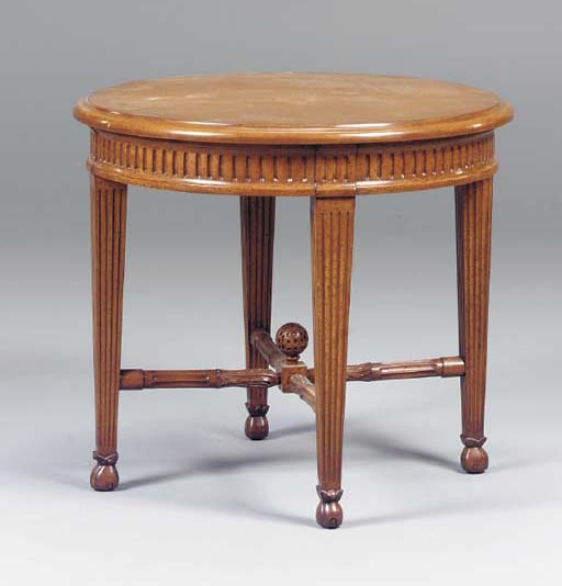 A GRAIN-PAINTED CENTER TABLE,
