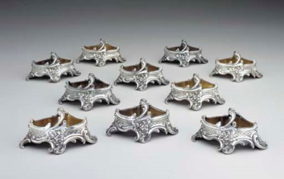 A SET OF TEN FRENCH SILVER DOU
