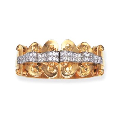 A RETRO GOLD AND DIAMOND BANGL