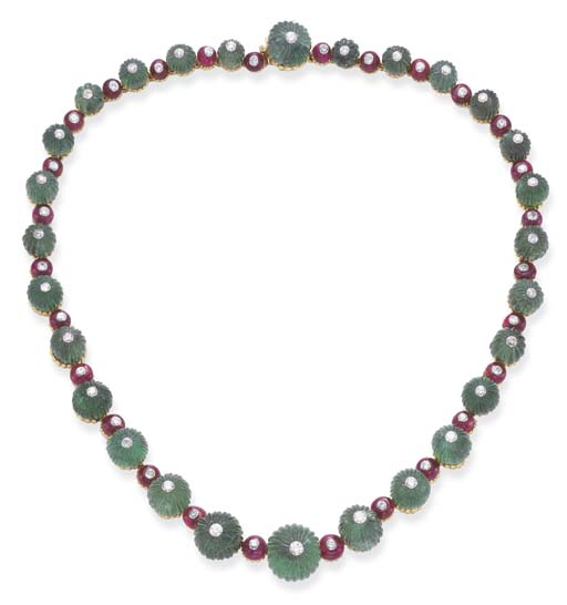 A FINE EMERALD AND RUBY NECKLA