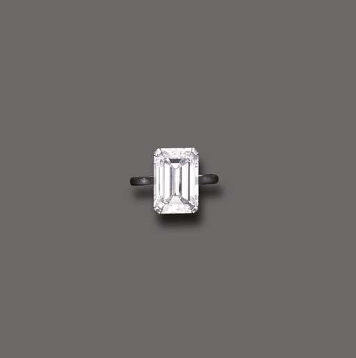 A DIAMOND RING, BY ASPREY