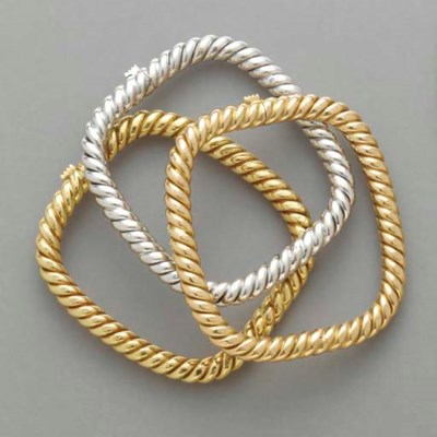 THREE TRI-COLOR 18K GOLD BRACE