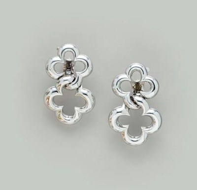 A PAIR OF 18K WHITE GOLD