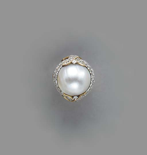 A MABÉ PEARL, DIAMOND AND GOLD